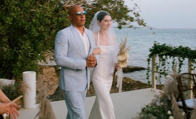Η κόρη του αδικοχαμένου Paul Walker παντρεύτηκε με τον Vin Diesel στο πλευρό της