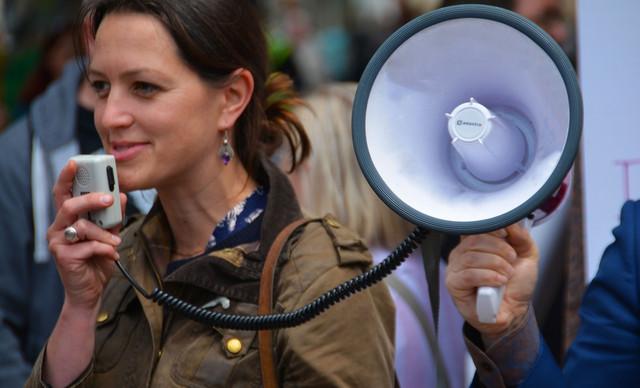 BirthStrikers: Οι γυναίκες που αρνούνται να κάνουν παιδιά μέχρι να τελειώσει η κλιματική αλλαγή!